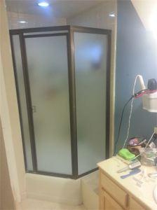 Frameless Shower Door (4)